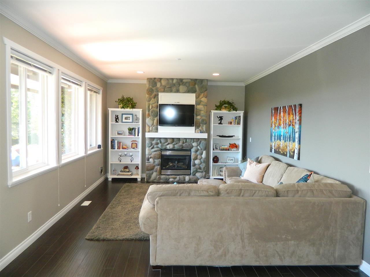 Photo 9: Photos: 24332 104 AVENUE in Maple Ridge: Albion House for sale : MLS®# R2051414