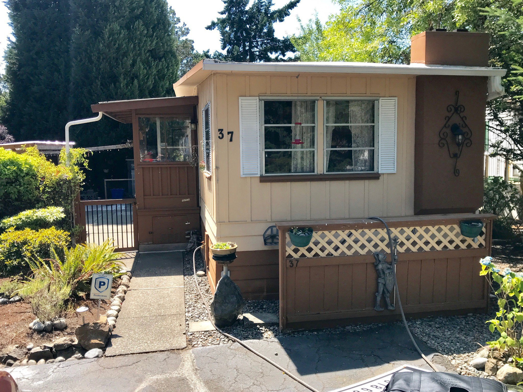 Main Photo: Cheap Manufactured Home For Sale | 37-2780 Spencer Road