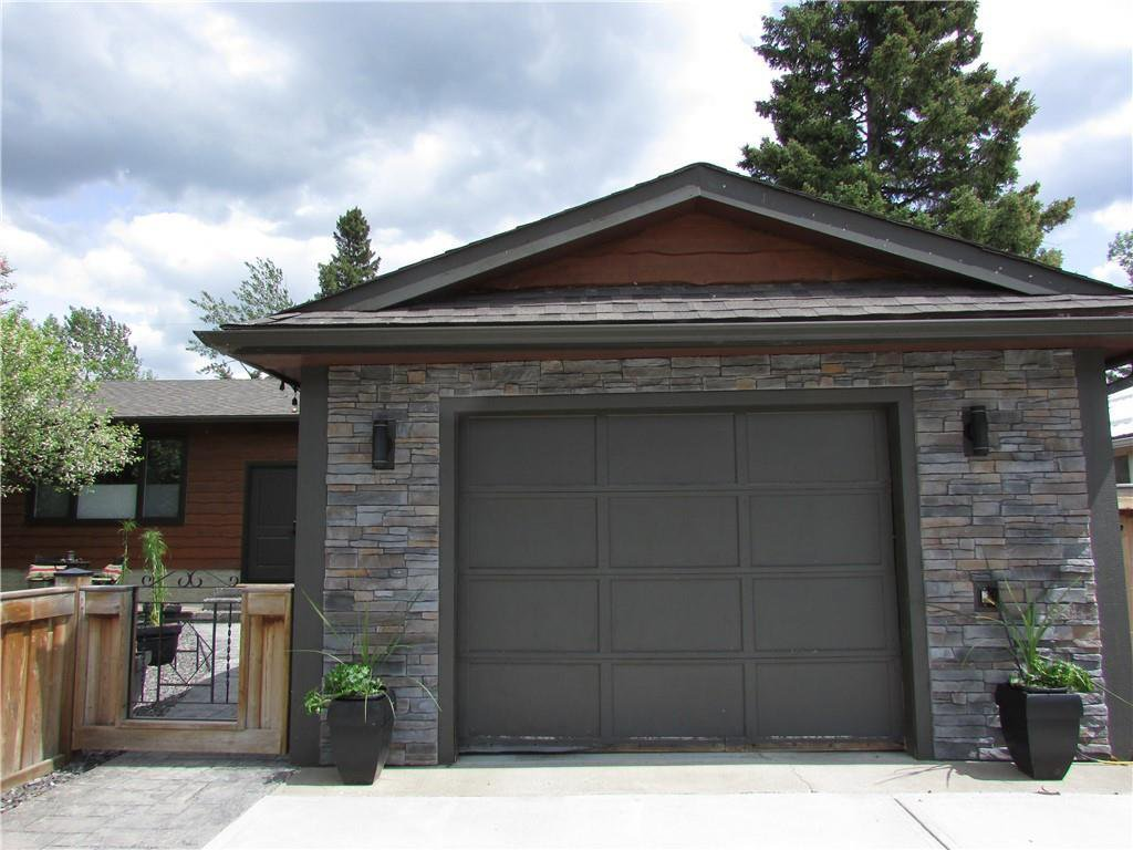 Main Photo: 605 2 Street NE: Sundre Detached for sale : MLS®# C4301036