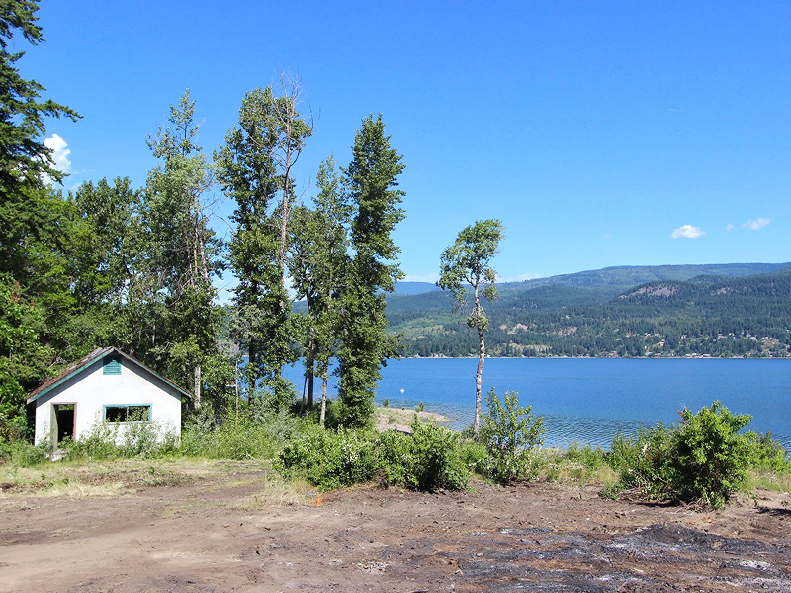 Photo 3: Photos: 663 Waverly Park Frontage Road in Sorrento, BC: Land Only for sale (Sorrento)  : MLS®# 10186241