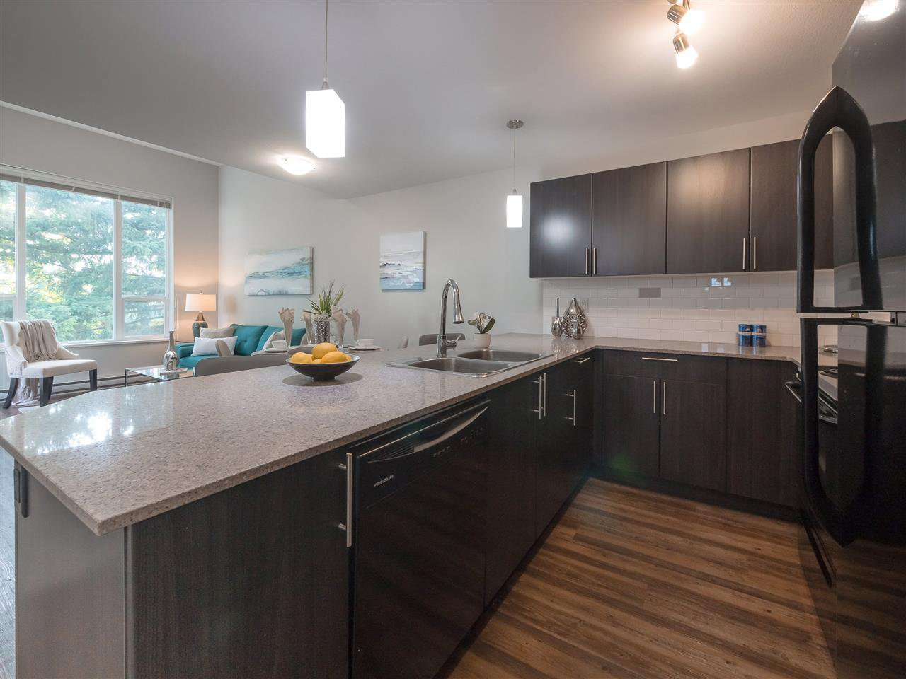 "Photo 3: Photos: 417 2565 CAMPBELL Avenue in Abbotsford: Central Abbotsford Condo for sale in ""Abacus Uptown"" : MLS®# R2396426"