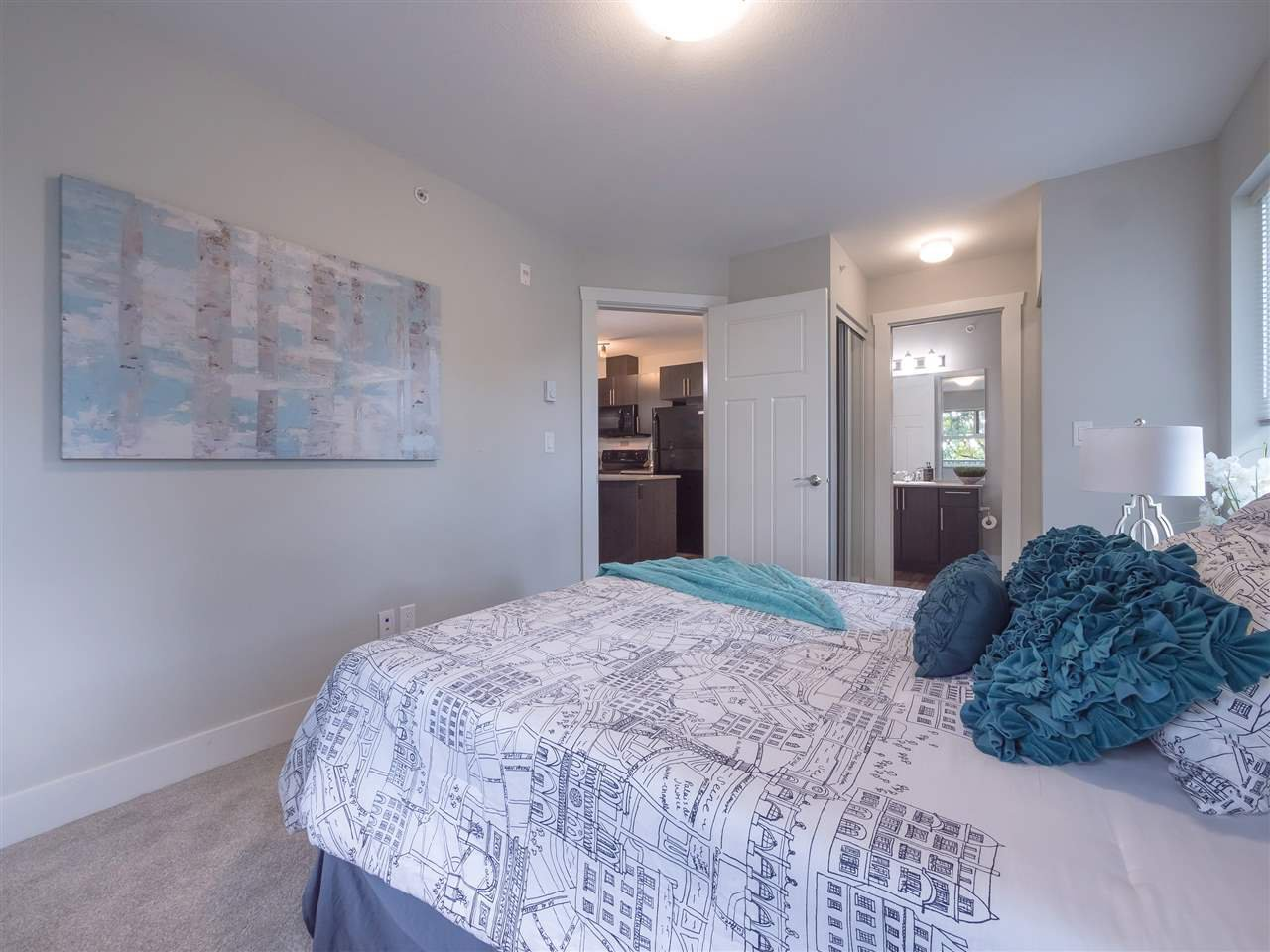 "Photo 10: Photos: 417 2565 CAMPBELL Avenue in Abbotsford: Central Abbotsford Condo for sale in ""Abacus Uptown"" : MLS®# R2396426"