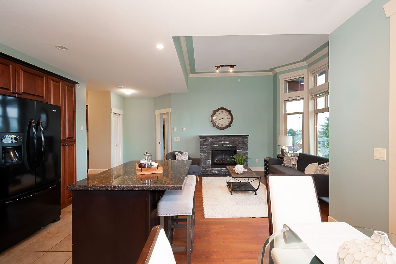 """Photo 5: Photos: 402 46021 SECOND Avenue in Chilliwack: Chilliwack E Young-Yale Condo for sale in """"THE CHARLESTON"""" : MLS®# R2406123"""
