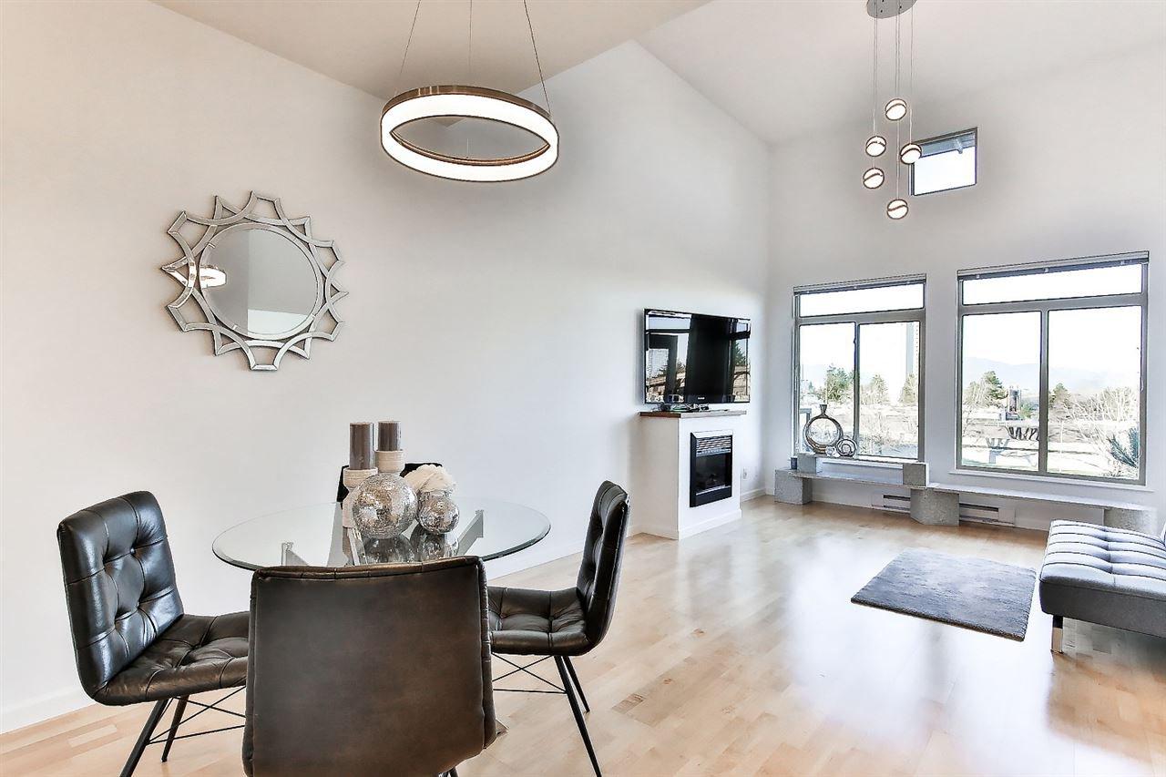 "Main Photo: 414 10180 153 Street in Surrey: Guildford Condo for sale in ""Charlton Park"" (North Surrey)  : MLS®# R2521612"