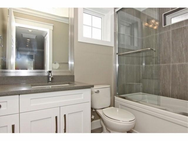 """Photo 14: Photos: 21061 77TH Avenue in Langley: Willoughby Heights House for sale in """"YORKSON SOUTH"""" : MLS®# F1319713"""