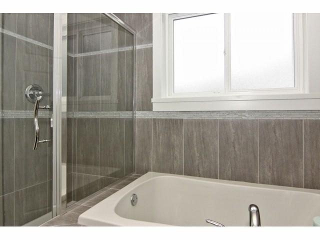 """Photo 11: Photos: 21061 77TH Avenue in Langley: Willoughby Heights House for sale in """"YORKSON SOUTH"""" : MLS®# F1319713"""