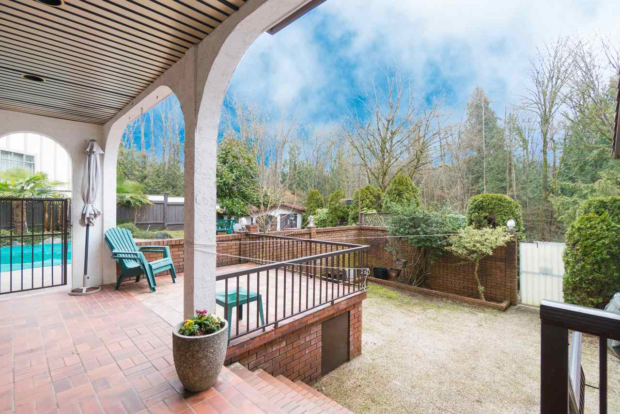 Photo 19: Photos: 6397 CAULWYND PLACE in Burnaby: South Slope House for sale (Burnaby South)  : MLS®# R2244877