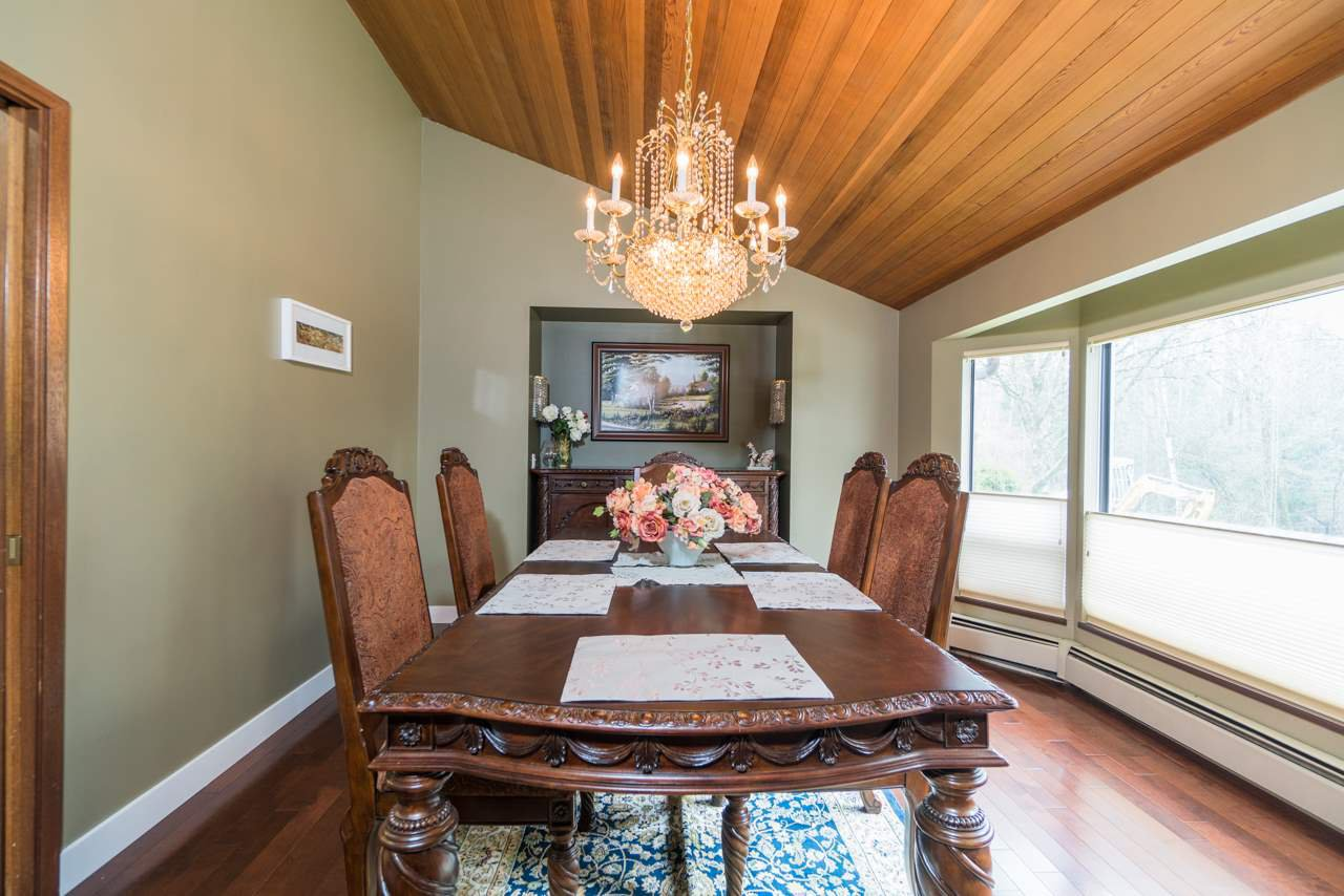 Photo 6: Photos: 6397 CAULWYND PLACE in Burnaby: South Slope House for sale (Burnaby South)  : MLS®# R2244877