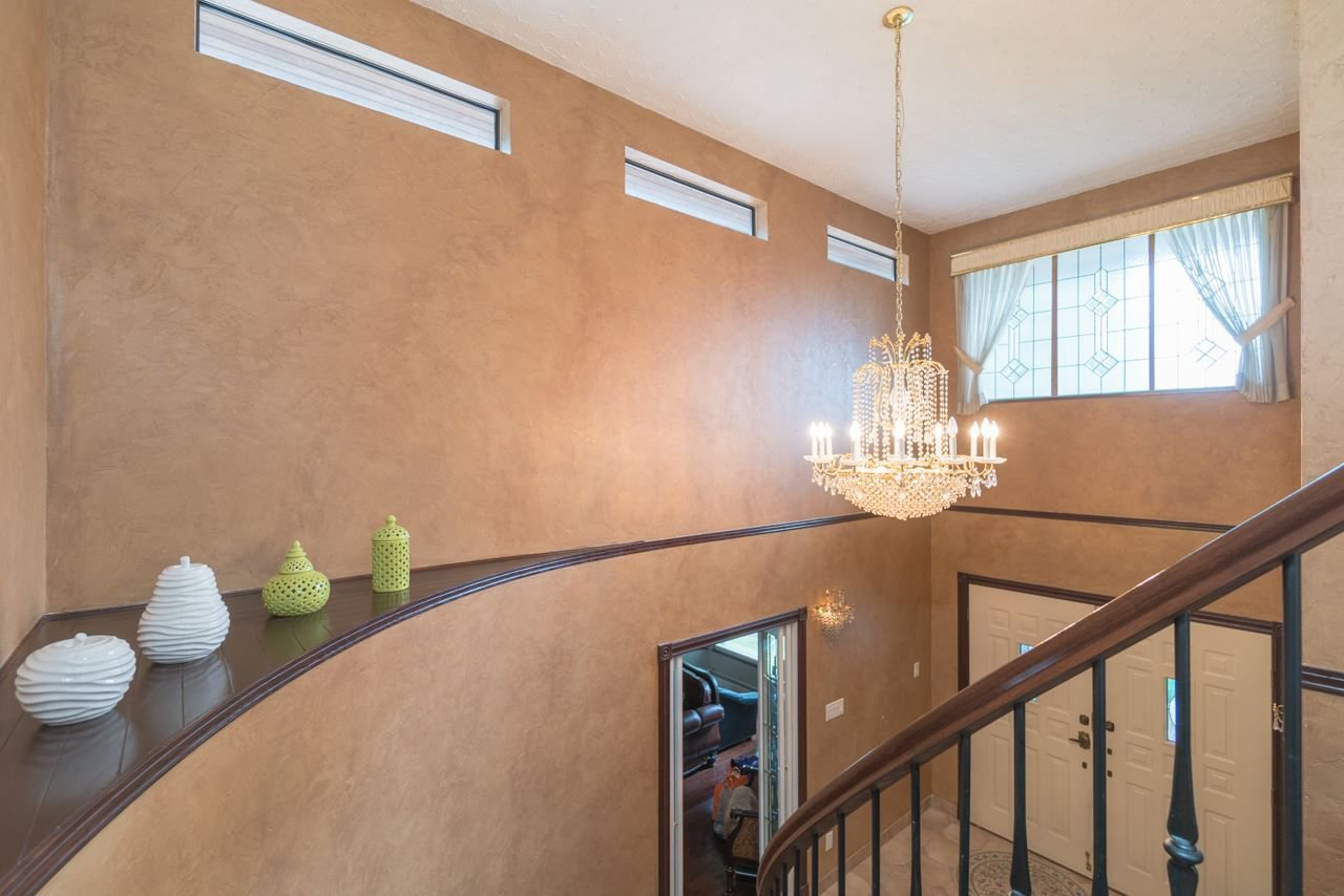 Photo 9: Photos: 6397 CAULWYND PLACE in Burnaby: South Slope House for sale (Burnaby South)  : MLS®# R2244877