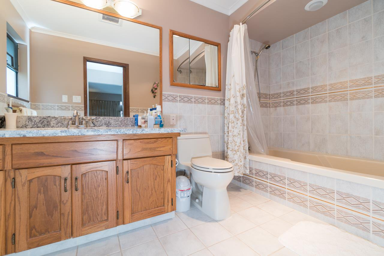 Photo 14: Photos: 6397 CAULWYND PLACE in Burnaby: South Slope House for sale (Burnaby South)  : MLS®# R2244877