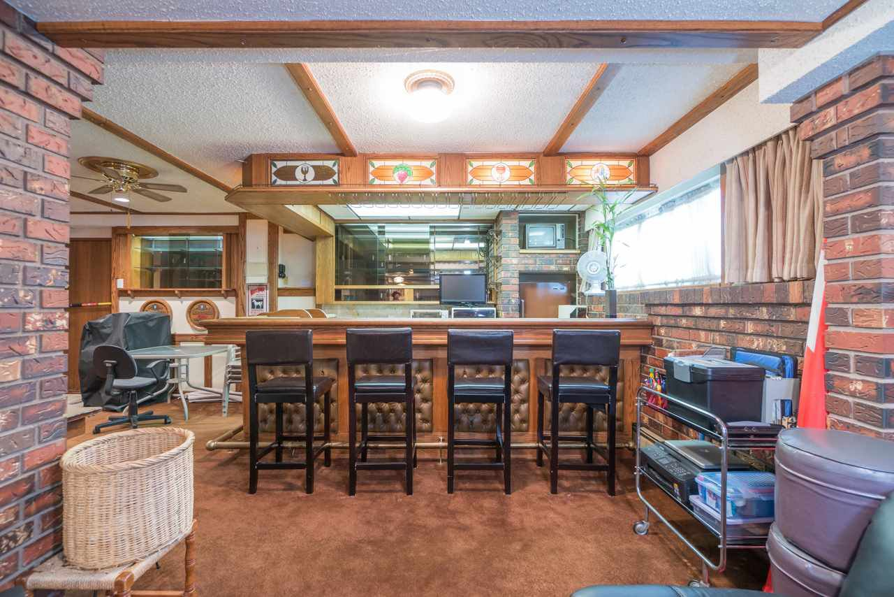 Photo 15: Photos: 6397 CAULWYND PLACE in Burnaby: South Slope House for sale (Burnaby South)  : MLS®# R2244877