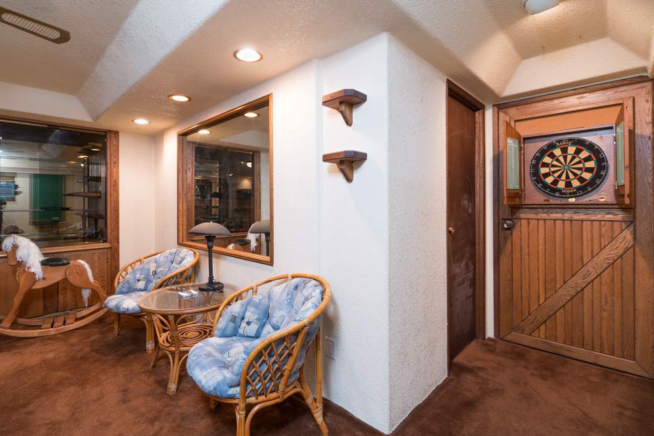 Photo 17: Photos: 6397 CAULWYND PLACE in Burnaby: South Slope House for sale (Burnaby South)  : MLS®# R2244877