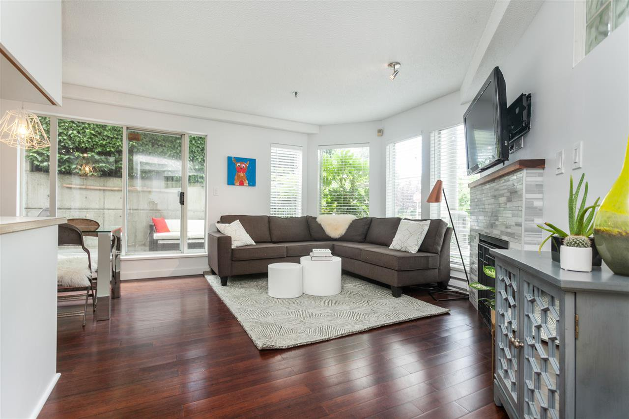 Main Photo: 104 1988 MAPLE STREET in Vancouver: Kitsilano Condo for sale (Vancouver West)  : MLS®# R2287436