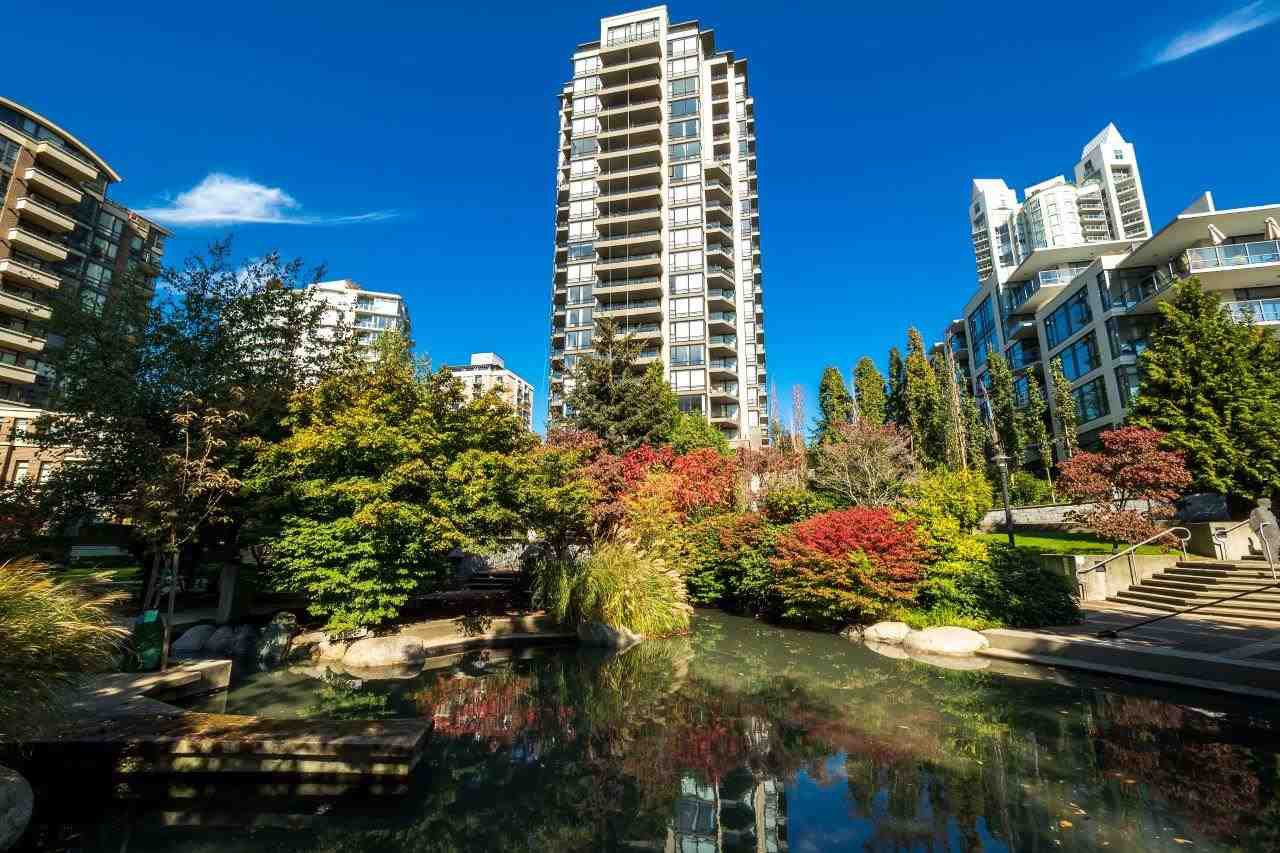 Main Photo: 906 151 W 2ND STREET in North Vancouver: Lower Lonsdale Condo for sale : MLS®# R2332933