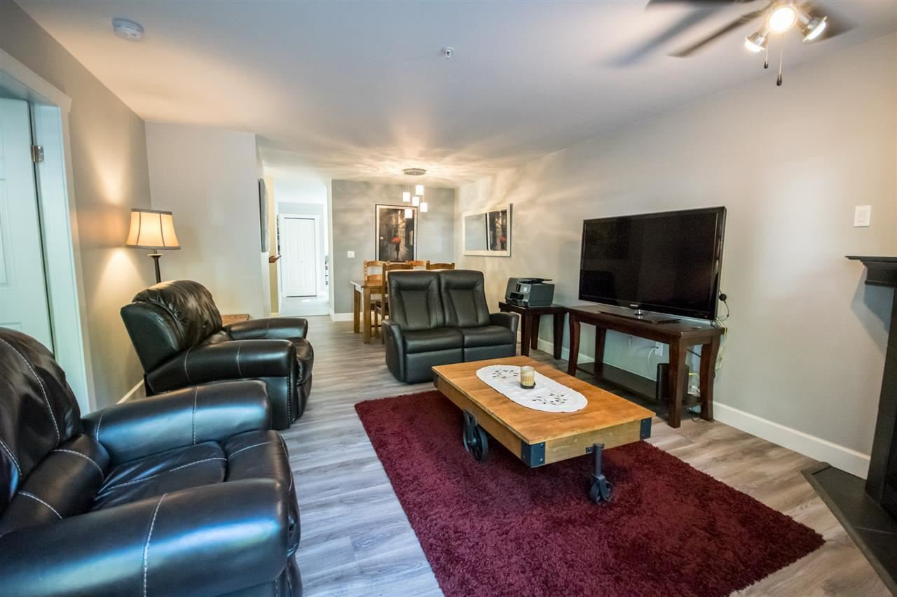 Main Photo: 20 19034 MCMYN ROAD in : Mid Meadows Townhouse for sale : MLS®# R2108191