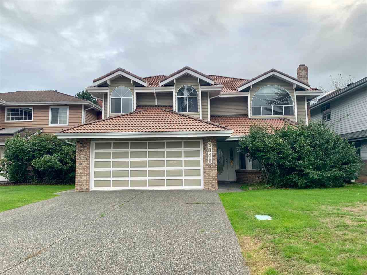 Main Photo: 3840 SCOTSDALE Place in Richmond: Steveston North House for sale : MLS®# R2409065