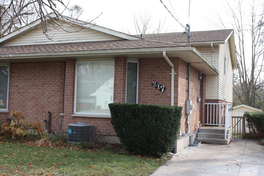 Main Photo: 217 University Avenue in Cobourg: Residential Attached for sale : MLS®# 232515