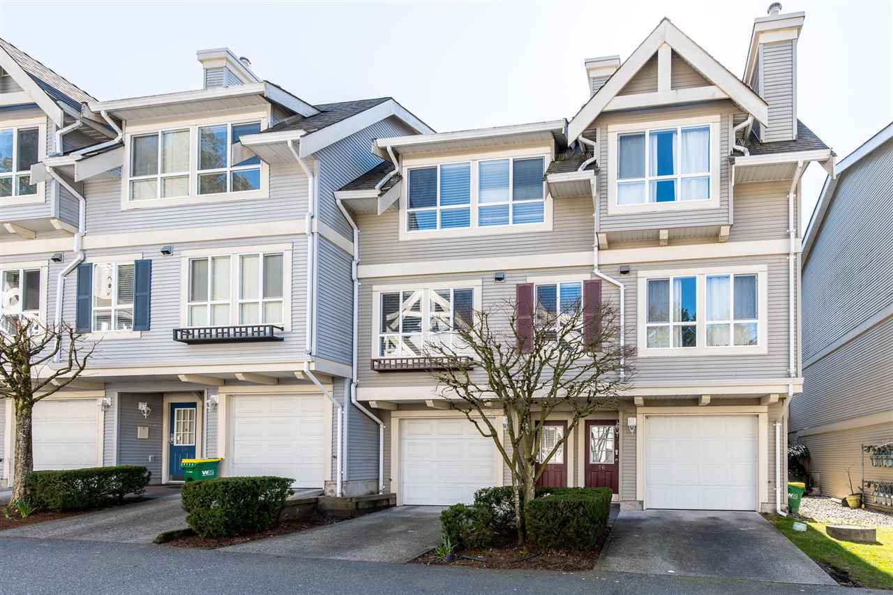"Main Photo: 77 8844 208 Street in Langley: Walnut Grove Townhouse for sale in ""Mayberry"" : MLS®# R2446117"