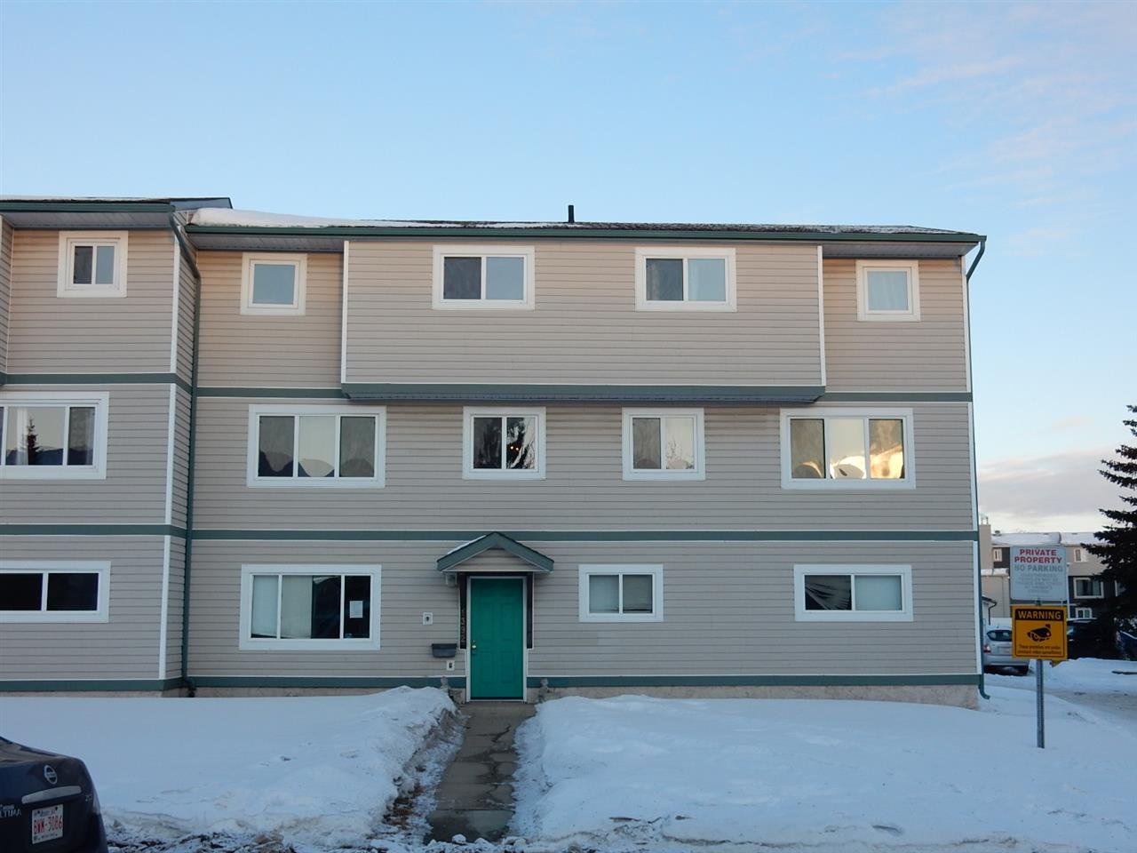 Main Photo: 1392 Lakewood Road W in Edmonton: Zone 29 Carriage for sale : MLS®# E4192789
