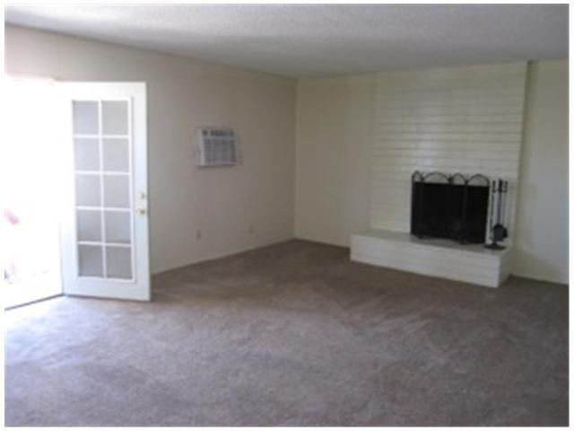 Photo 3: Photos: EL CAJON Property for sale: 1119 E Lexington Avenue