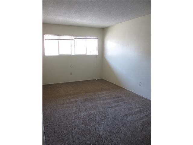 Photo 4: Photos: EL CAJON Property for sale: 1119 E Lexington Avenue