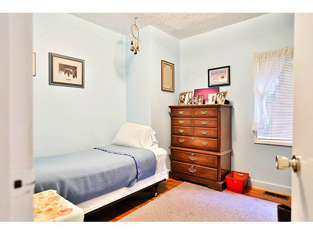 Photo 12: Photos: 2520 E 28TH AV in Vancouver: Collingwood VE House for sale (Vancouver East)  : MLS®# V1138108