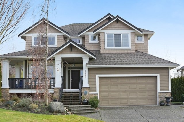 Main Photo: 5888 163B STREET in Surrey: Cloverdale BC House for sale (Cloverdale)  : MLS®# R2032628
