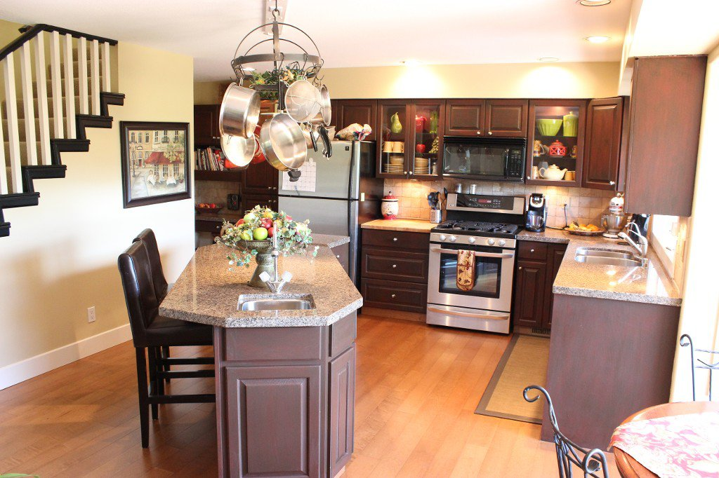 Photo 4: Photos: 3588 Navatanee Drive in Kamloops: South Thompson Valley House for sale : MLS®# 135510