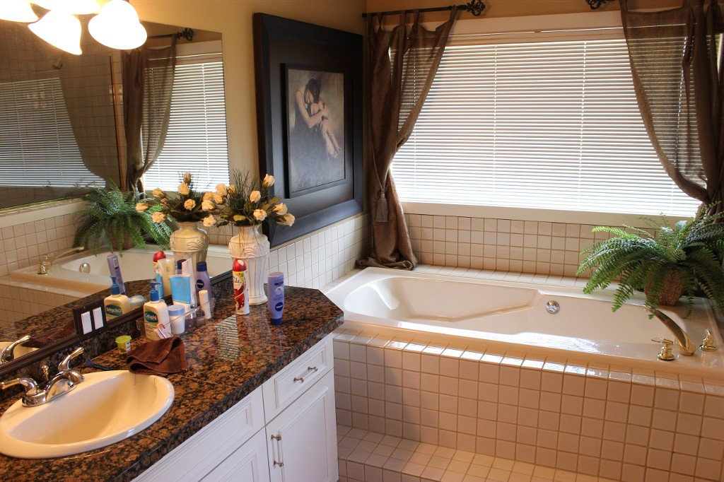 Photo 15: Photos: 3588 Navatanee Drive in Kamloops: South Thompson Valley House for sale : MLS®# 135510