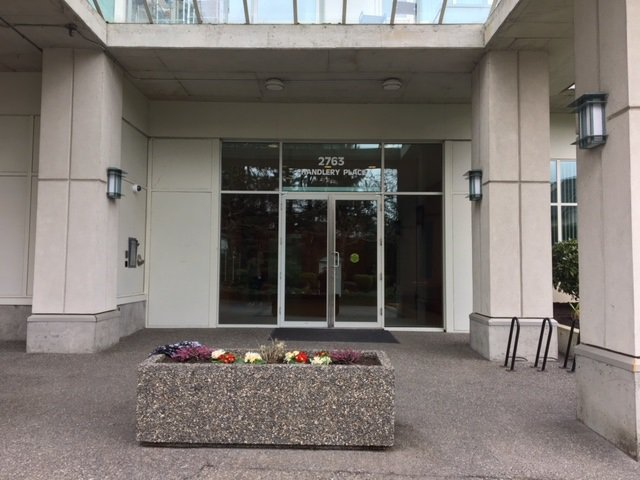 Photo 2: Photos: 701 2763 CHANDLERY PLACE in Vancouver: Fraserview VE Condo for sale (Vancouver East)  : MLS®# R2149681