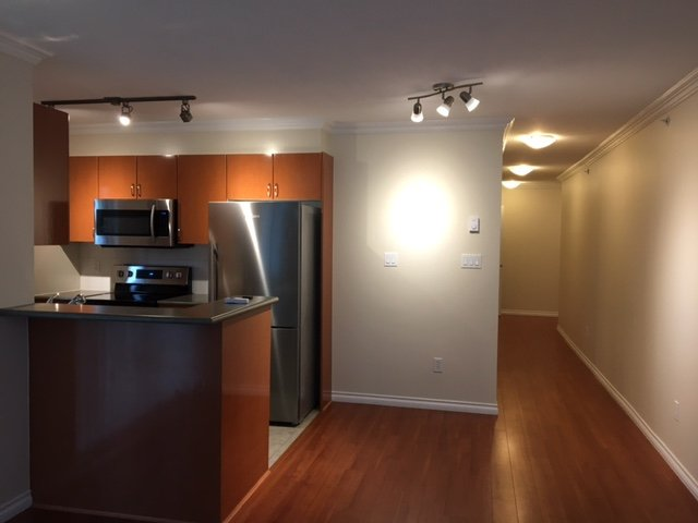 Photo 5: Photos: 701 2763 CHANDLERY PLACE in Vancouver: Fraserview VE Condo for sale (Vancouver East)  : MLS®# R2149681