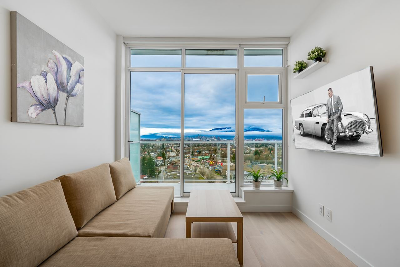 Main Photo: 1805 4638 GLADSTONE Street in Vancouver: Victoria VE Condo for sale (Vancouver East)  : MLS®# R2423695