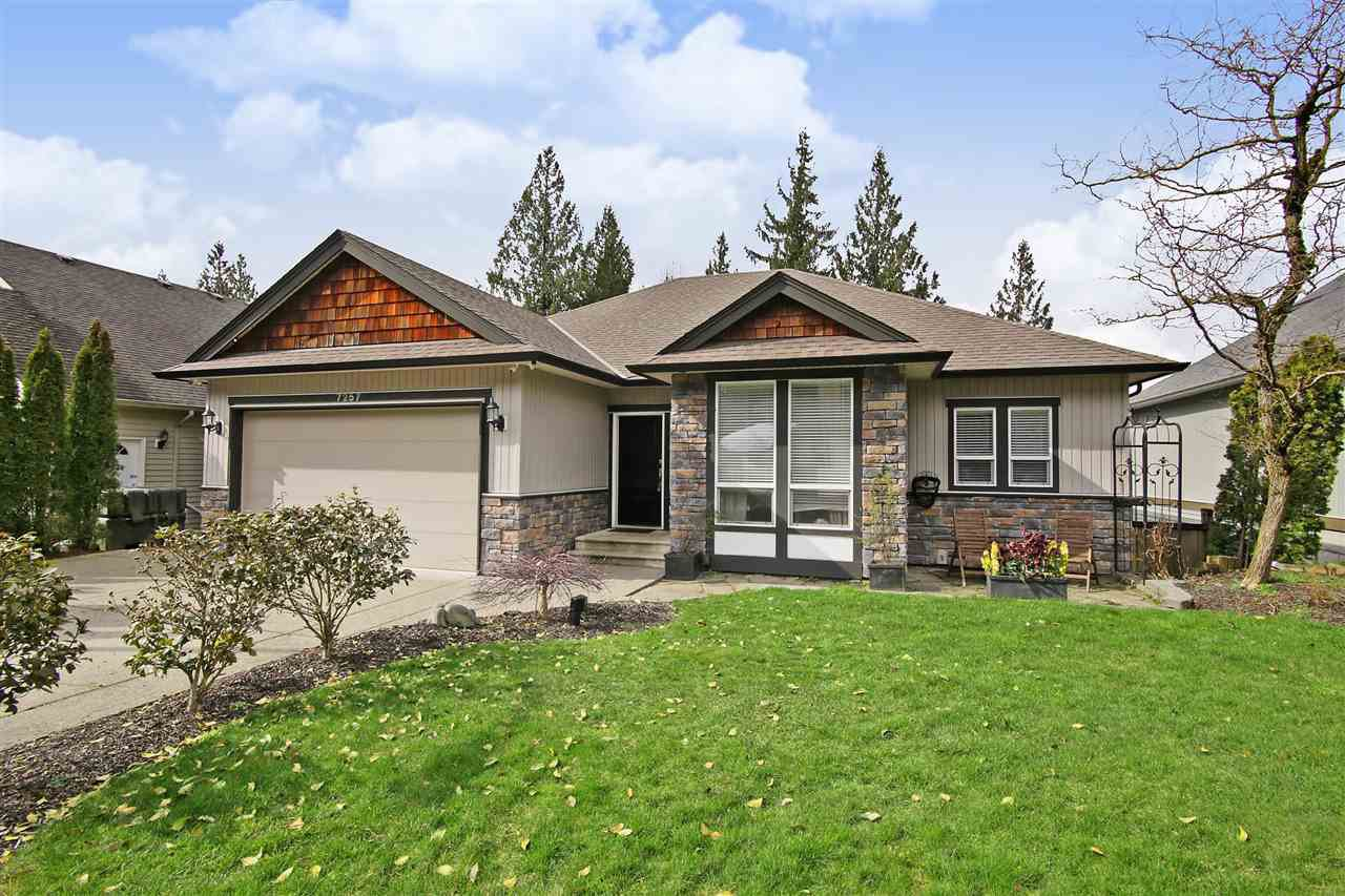 Main Photo: 7257 BRYANT Place in Chilliwack: Eastern Hillsides House for sale : MLS®# R2475135