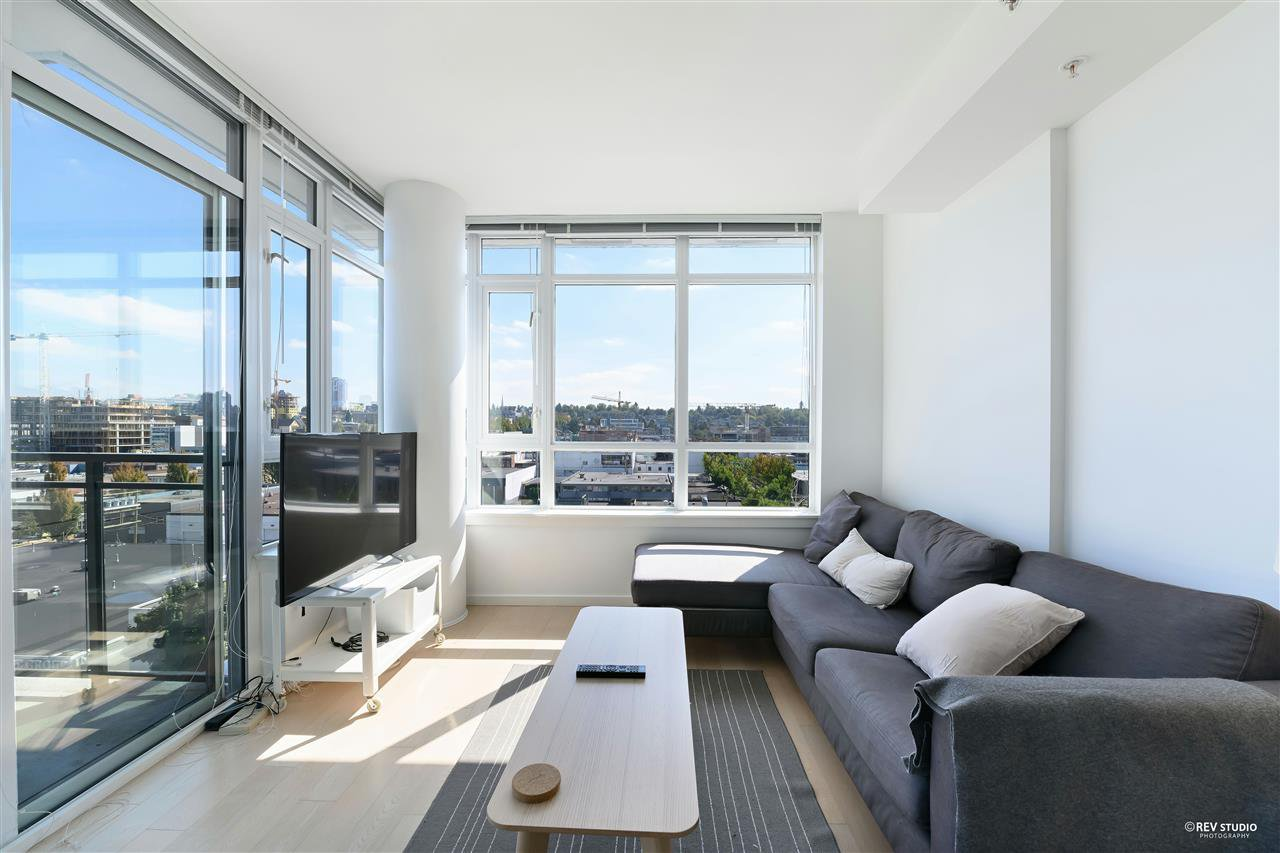 """Main Photo: 1001 89 W 2ND Avenue in Vancouver: False Creek Condo for sale in """"ETON"""" (Vancouver West)  : MLS®# R2509145"""