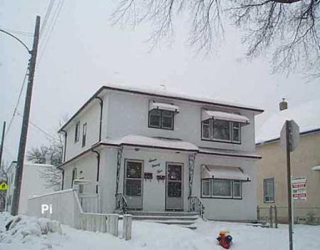 Main Photo: 795 HOME STREET: Residential for sale (West End)