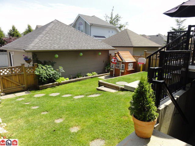 Photo 27: Photos: 5918 148TH Street in Surrey: Sullivan Station House for sale : MLS®# F1218446