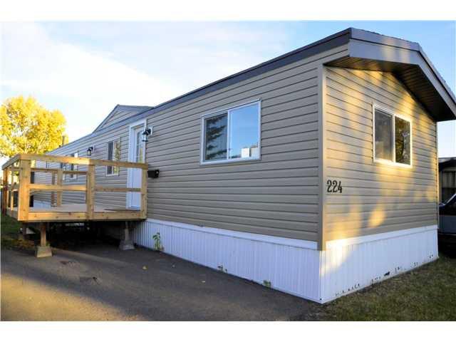 Main Photo: 224 6620 17 Avenue SE in CALGARY: Penbrooke Mobile for sale (Calgary)  : MLS®# C3562365
