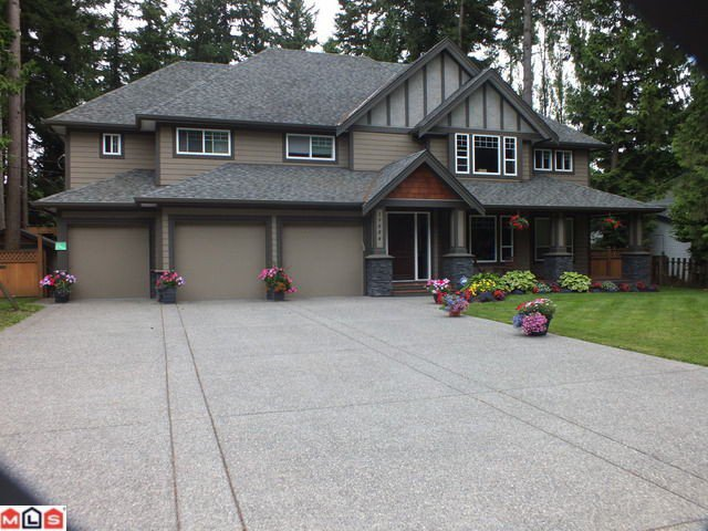 Main Photo: 19884 36A Avenue in Langley: Brookswood Langley House for sale : MLS®# F1219898