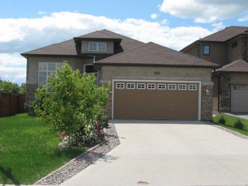 Main Photo: 39 Marvan Cove in Winnipeg: Van Hull Estates Single Family Detached for sale (South Winnipeg)  : MLS®# 1605680