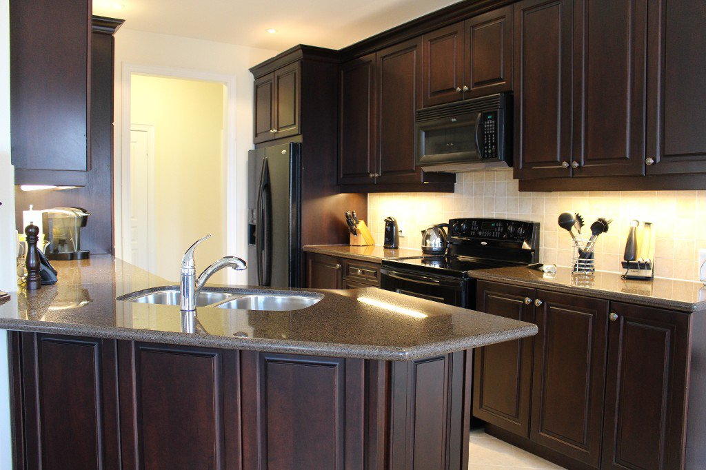 Photo 6: Photos: 15 Fenton Lane in Port Hope: Residential Attached for sale : MLS®# 510640589