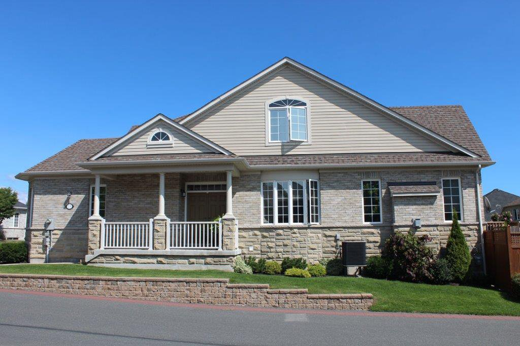 Main Photo: 15 Fenton Lane in Port Hope: Residential Attached for sale : MLS®# 510640589