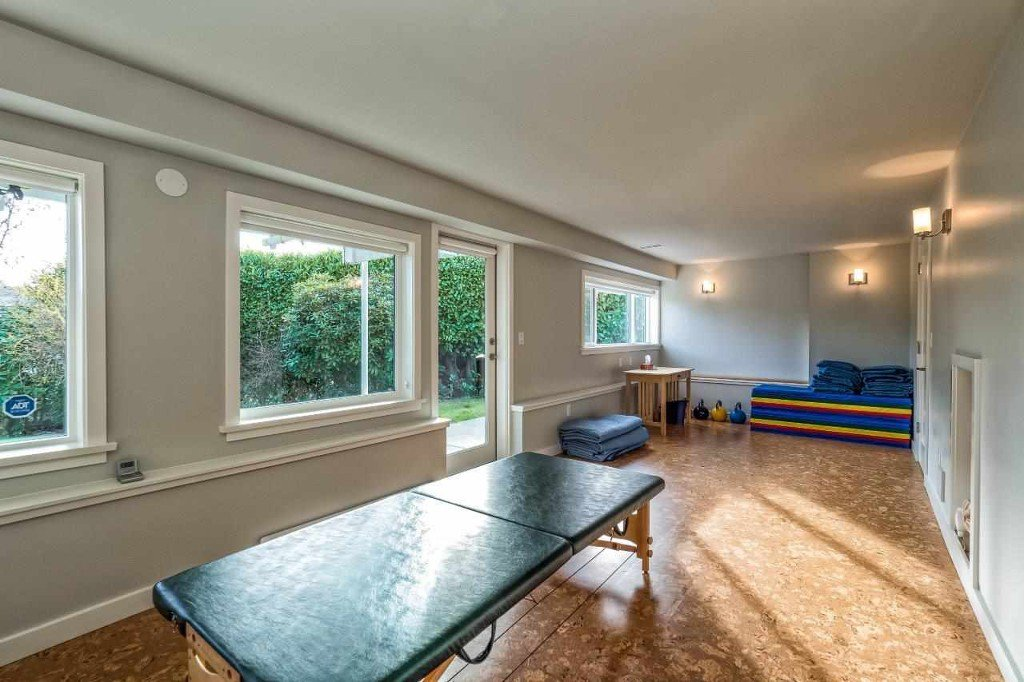 Photo 20: Photos: Hermosa Avenue in North Vancouver: Upper Delbrook House for rent