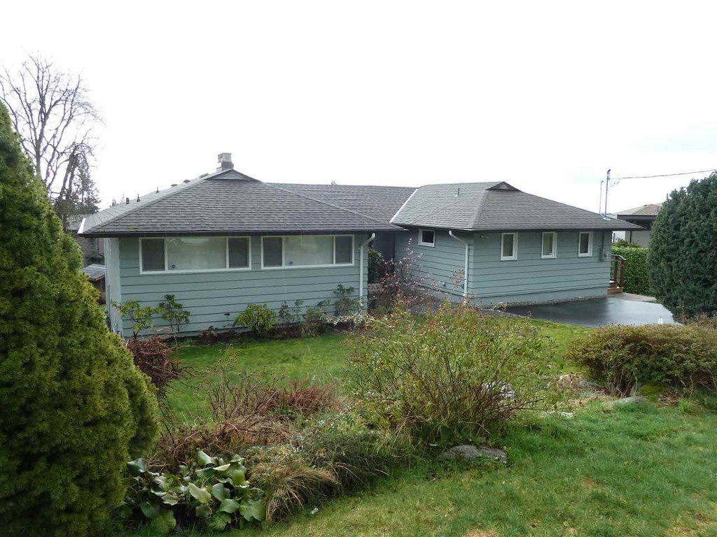 Photo 5: Photos: Hermosa Avenue in North Vancouver: Upper Delbrook House for rent