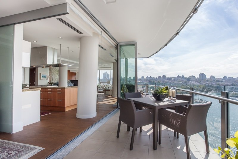 Main Photo: 1501 1560 HOMER MEWS in Vancouver: Yaletown Condo for sale (Vancouver West)  : MLS®# R2104592