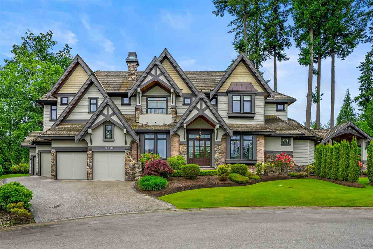 "Main Photo: 15910 HUMBERSIDE Avenue in Surrey: Morgan Creek House for sale in ""Morgan Creek"" (South Surrey White Rock)  : MLS®# R2462332"