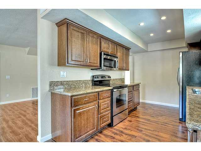 Photo 11: Photos: EL CAJON House for sale : 4 bedrooms : 12414 Rosey Road