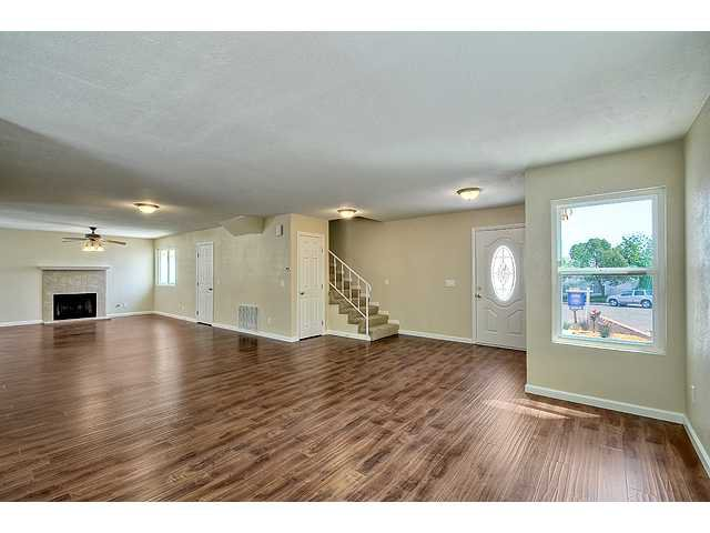 Photo 5: Photos: EL CAJON House for sale : 4 bedrooms : 12414 Rosey Road