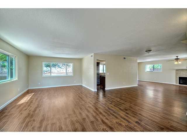 Photo 3: Photos: EL CAJON House for sale : 4 bedrooms : 12414 Rosey Road