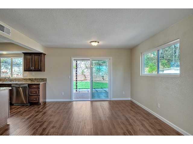 Photo 9: Photos: EL CAJON House for sale : 4 bedrooms : 12414 Rosey Road