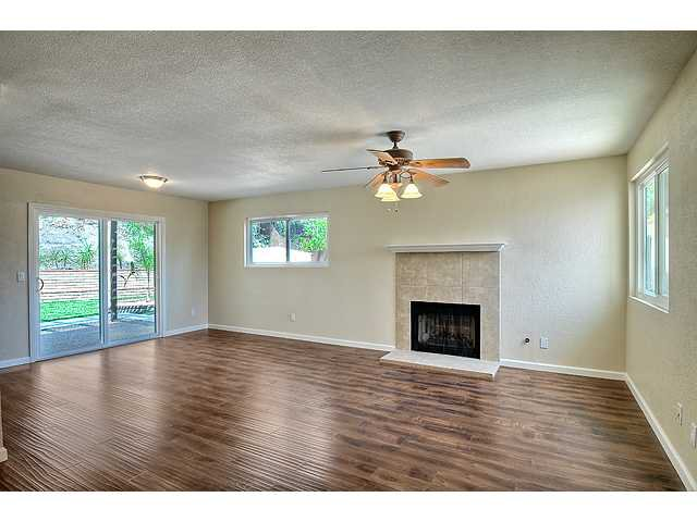 Photo 8: Photos: EL CAJON House for sale : 4 bedrooms : 12414 Rosey Road